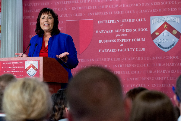 Daily Success Creator Tami Patzer Honored with Author Marketer Award at Business Expert Forum at Harvard Faculty Club