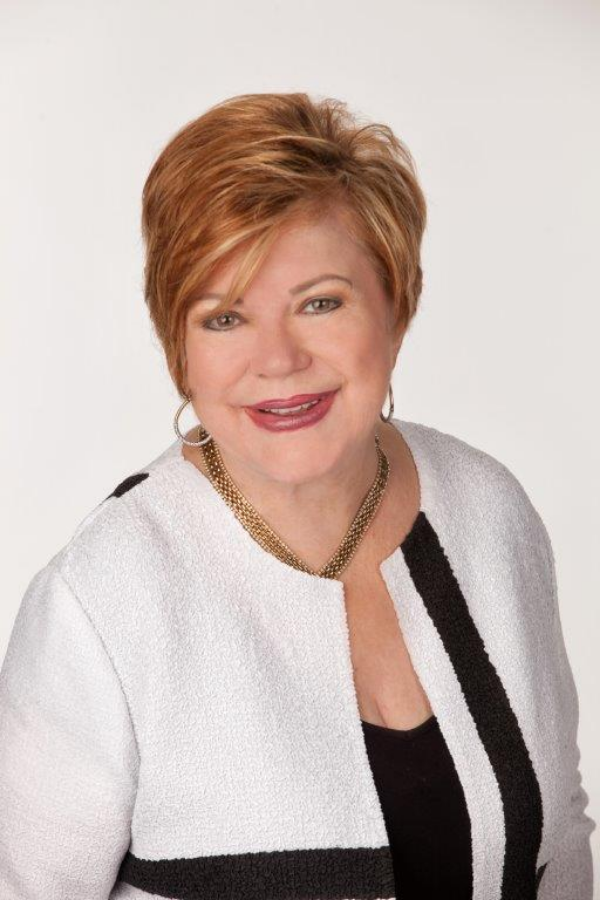 """Author Pat Price Interviewed on Optimal Health Radio About Her New Book """"Journey to the Stage"""""""