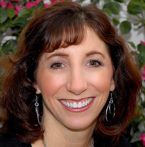 Dori Mages, Best Selling Author, Licensed Clinical Social Worker, and Founder of North Shore Family Services Reveals 3 Strategies to Reduce Stress and Anxiety Right Now On Business Innovators Radio
